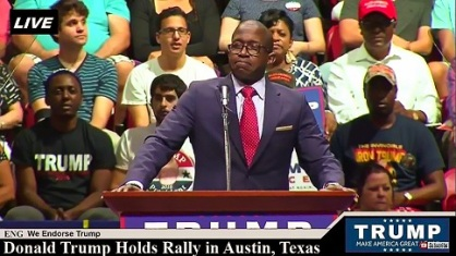r-w-bray-black-american-gets-standing-ovation-at-trump-rally-austin-texas-august-23-2016-4-polarr-483-x-272